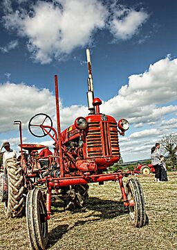 Red Tractor by Julesrules