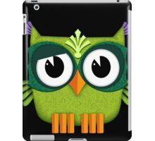 Cute Owl green iPad Case/Skin