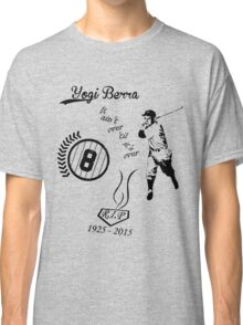 Yogi Berra RIP bl Classic T-Shirt