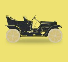 Oldtimer / Historic Car with lemon wheels Baby Tee