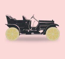 Oldtimer / Historic Car with lemon wheels Kids Clothes