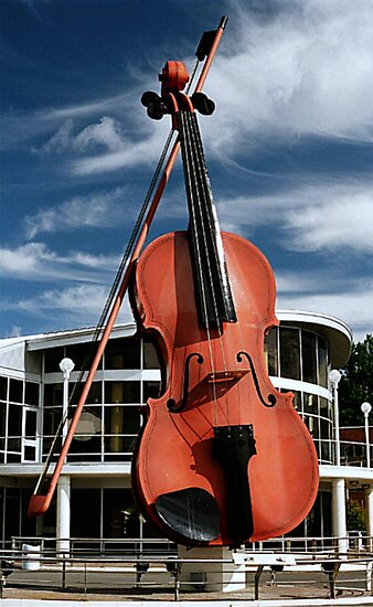 The Big Fiddle by Mike  MacNeil