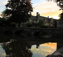 mirror sun set in bourton by yampy