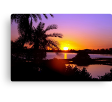 Sun's goodnight kiss Canvas Print