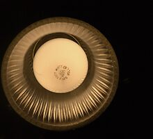 Light Bulb by Billlee