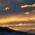 Dragon Sky over Horse Lake Mountain. by XiNC