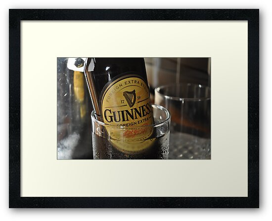 Guinness Foreign Extra Stout - Bahamas by weijiahua