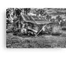 B/W - Old Dilapidated Building Metal Print