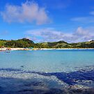 Calaguas Island Clear waters by iamYUAN