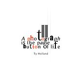 Pause button by Patrick Reinquin