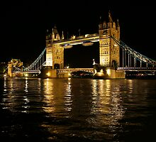 Old London Bridge  by jwilko