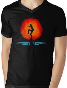 Minimal California Training Mens V-Neck T-Shirt