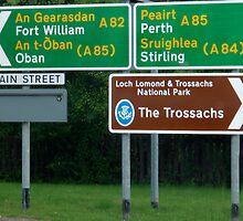 Bilingual roadsigns in Scotland by Birgit Van den Broeck