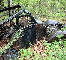 September Old Motor Car by Thomas Murphy