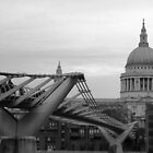 St. Pauls Cathedral and the Wobbly Bridge by k8em