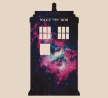 Space TARDIS - Doctor Who T-Shirt