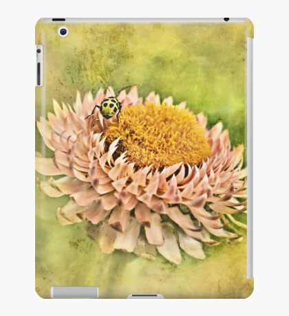 Beetle on the Strawflower iPad Case/Skin