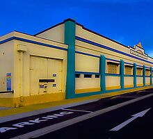 Ocean baths Newcastle by kevin chippindall
