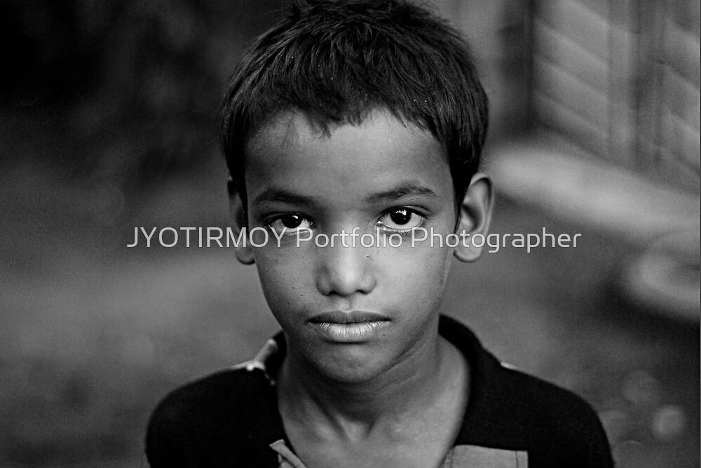 Sharp Eyes by JYOTIRMOY Portfolio Photographer