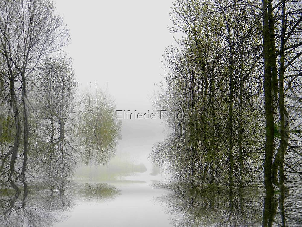 Stillness ! by Elfriede Fulda