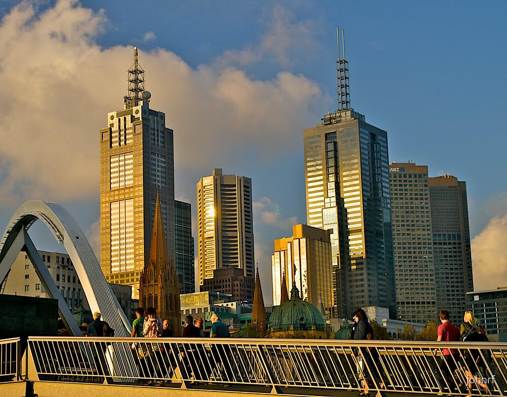 Evening skyline, Melbourne, Australia. by johnrf