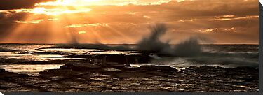 Sunrise at Turimetta by damienlee