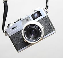 Canon canonet  rangefinder by CLRPhoto