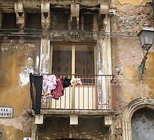 Il Muro by Meni