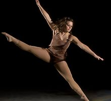 Lyndsay Dance Set by Quentin Taylor