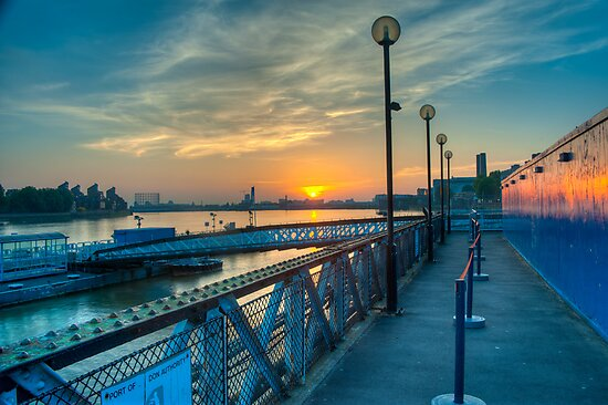 Sunrise at Greenwich Pier: River Thames by DonDavisUK