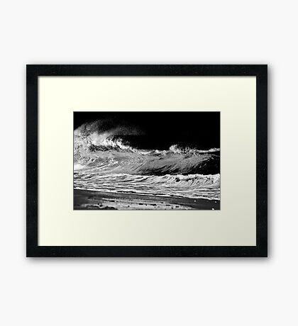 Night Fury Framed Print