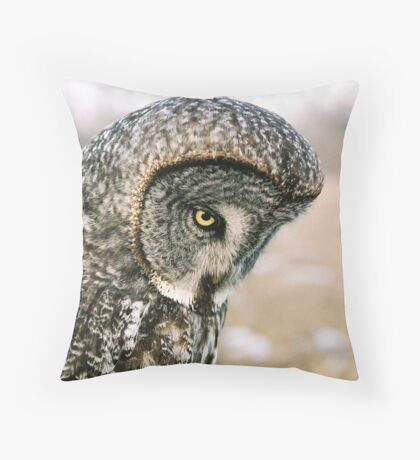 Great Grey Owl (Strix nebulosa) Throw Pillow