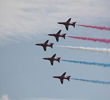 Red Arrows 12 by JenMetcalf