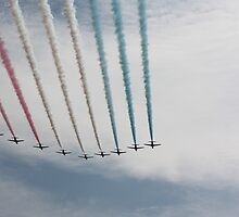 Red Arrows 17 by JenMetcalf