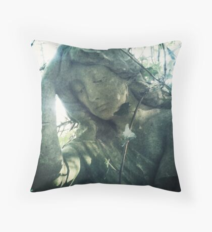 Dolor Throw Pillow