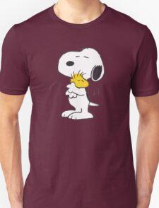 hug Peanuts Snop funny T-Shirt