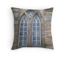 Kilbirnie Auld Kirk exterior 3 Throw Pillow