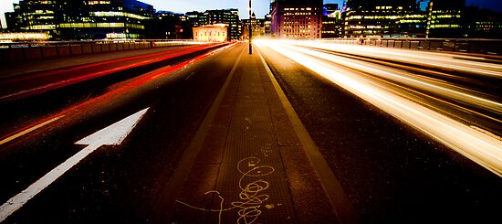 London Bridge in the 21st Century by FPhotographic