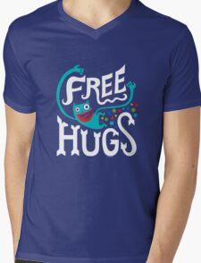 Free Hugs - on dark T-Shirt