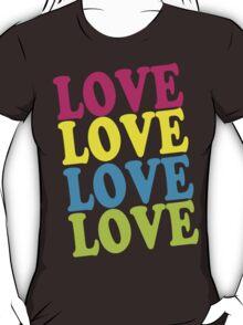 Retro Love Shirt T-Shirt