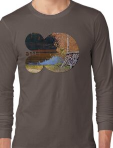 Romantic bench at the pond II | waterscape photography Long Sleeve T-Shirt