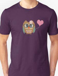 Owl with heart balloon T-Shirt