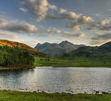 Blea Tarn...The Morning After The Afternoon Before . by Jamie  Green