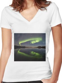 Spooky Face Women's Fitted V-Neck T-Shirt