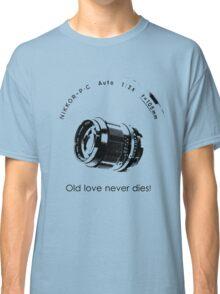 Nikkor 105mm Black Old love never dies! Classic T-Shirt