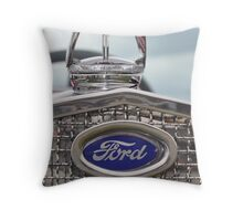 '30 Ford Model 'A' Throw Pillow