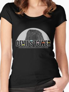 Devil's Tower Extra-Terrestrial Immigration & Processing Centre Women's Fitted Scoop T-Shirt