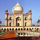 Safdarjung's Tomb, New Delhi, india. by johnrf