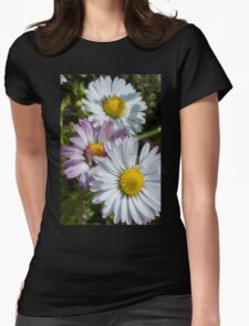 daisy in the garden Womens Fitted T-Shirt