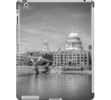 St Pauls Cathedral, London iPad Case/Skin